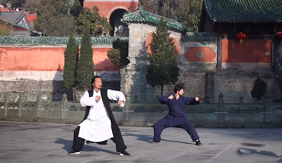 Isn't it surprising that when observing Kung Fu fight scenes, the martial artists sometimes look as if they could be performing a type of dance? (Image: Screenshot / YouTube)